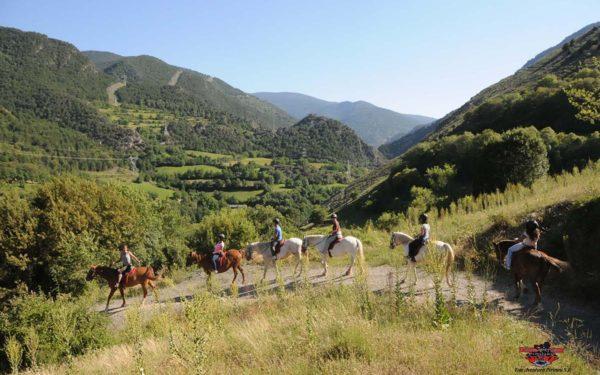 Alta Ruta Aventura ofrece excursiones a caballo