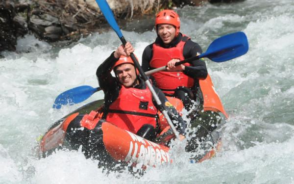 Alta Ruta Aventura ofrece descensos en canoas de río
